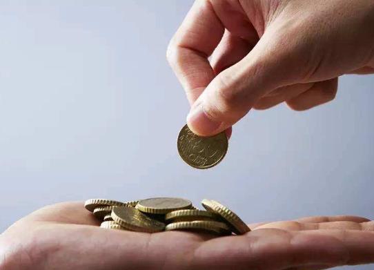 自动离职和被辞退可以主张的经济补偿金与赔偿金